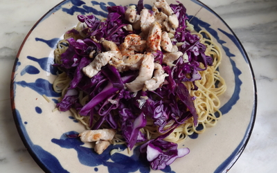 Salade thaï de chou et poulet