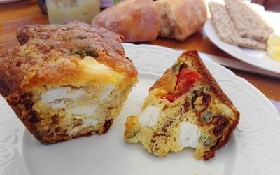 Cake feta, tomates, graines de courge. Mon préféré