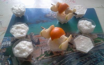 Crème de Chamallows, brochette de fruits