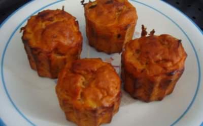 Delicieux muffins au thon et oignons à la poëlle