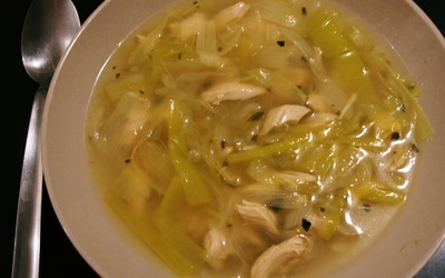 Bouillon chinois, poulet et poireau