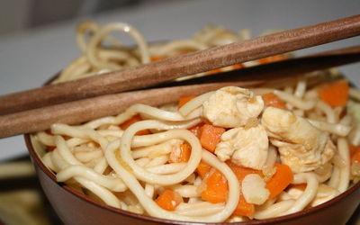 Pâtes chinoises P3C (Poulet Coco Carottes Curcuma)