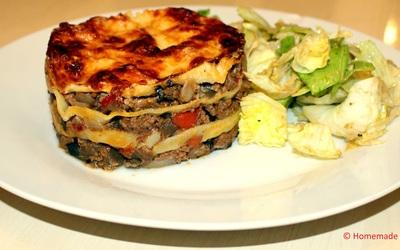Lasagnes à la viande, poivrons & aubergines