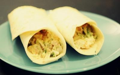 Wrap avocat/saumon/crevettes