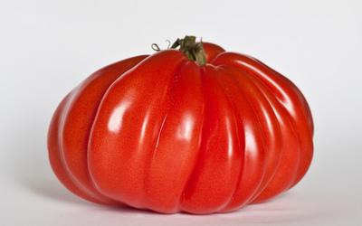 Tomates marinées au soja et à la menthe