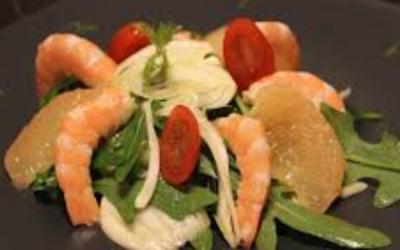 Salade aux agrumes gambas et piment d'Espelette
