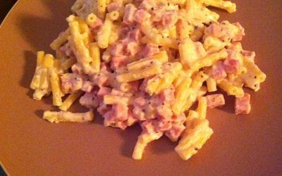 Macaronis jambon sauce moutarde