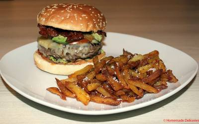 Cheeseburger bacon et avocat & frites
