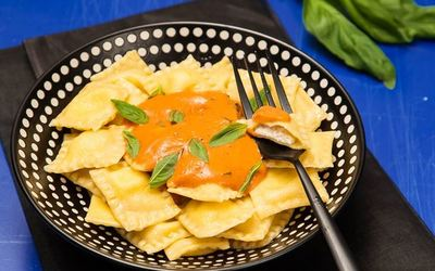 Raviolis aux 4 fromages italiens &sauce tomate