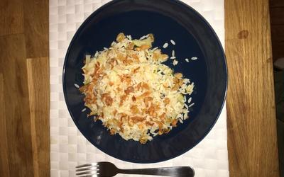 Riz aux oignons pommes et raisins