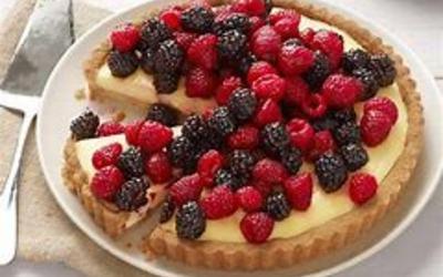 Tarte au chocolat blanc et fruits rouges