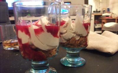 Dessert facile spéculoos framboise mascarpone