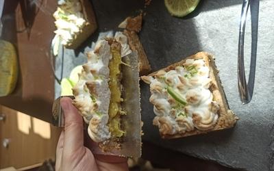 Tartelettes mangue/kiwis meringuées