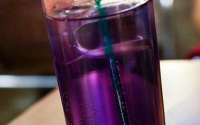 V V L ( Violette Vodka Limonade)