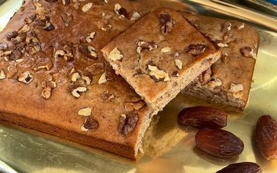Gâteau au dattes  ,mascarpone et aux noix
