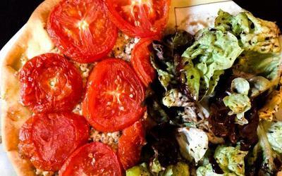 Tarte d'été Tomate Féta Sardine