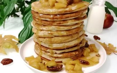 Pancakes aux pommes caramélisées
