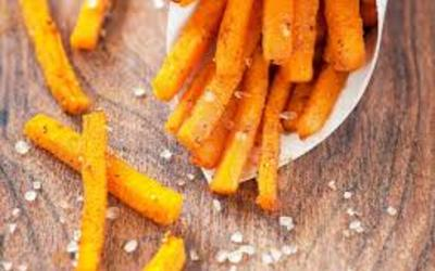 Frites de patates douces sans friteuse