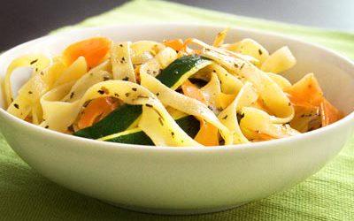 Tagliatelles aux légumes et à la carbonara