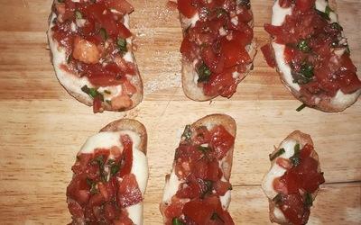 Toast tomates mozzarella