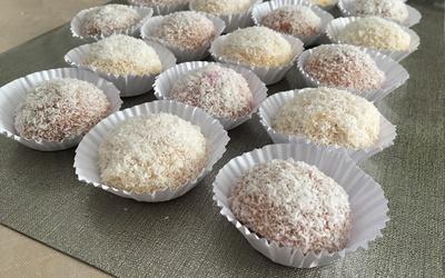 Boules de coco  à la confiture