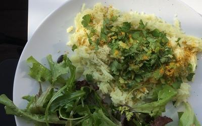 Riz au curry et à la coriandre.