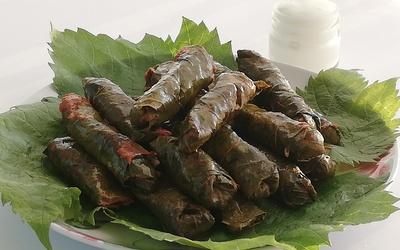 Sarma (feuilles de vigne farcies)
