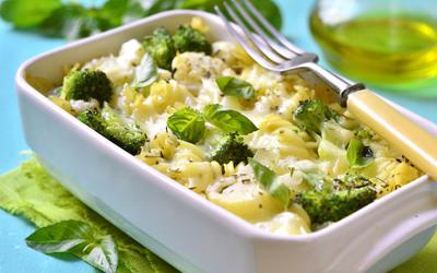 Gratin de pâtes aux brocolis et saumon