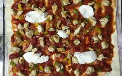 Pizza poulet-poivrons