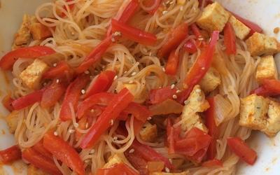 Vermicelles de riz et sa poêlée épicée