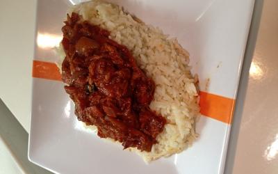 recette riz avec sauce oignon thon tomate conomique et rapide cuisine tudiant. Black Bedroom Furniture Sets. Home Design Ideas