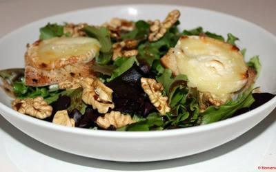 Salade de chèvre chaud & vinaigrette au miel