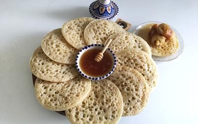 Baghrirs ( crêpes mille trous) à la farine