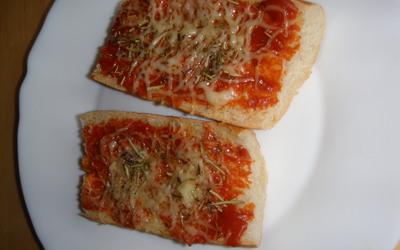 Recette pizza en torsade conomique cuisine tudiant - Cuisine etudiante sans four ...