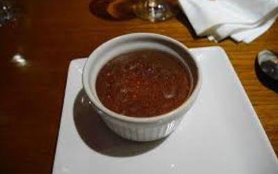 mousse au chocolat au piment d' Espelette