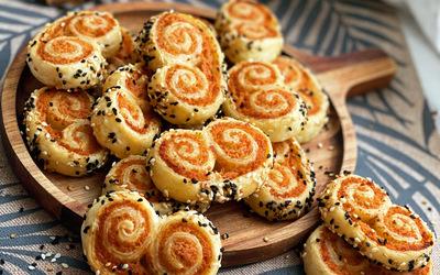Palmitos feuilletés aux saucisses