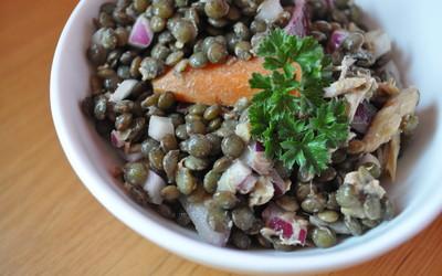 Lentille au thon et oignon rouge