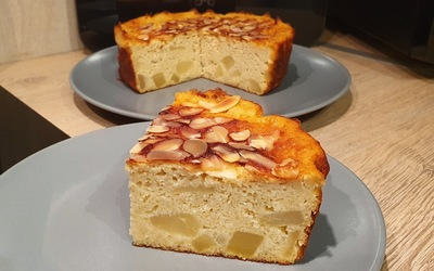 Gâteau moelleux poires-amandes