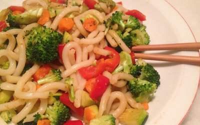 Nouilles Udon aux petits légumes