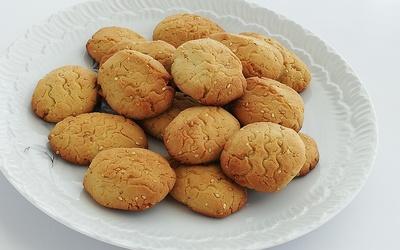 Biscuits au tahin et graines de sésame