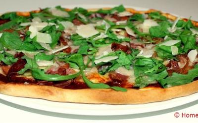 Pizza au jambon de Parme, parmesan & roquette