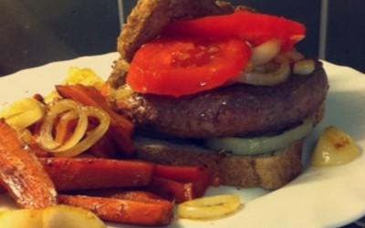 French Burger et ses frites de carottes