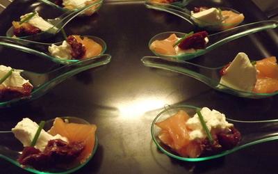 Saumon, fromage frais et tomate séchée
