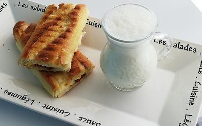 Toast au Sucuk (saucisse épicée Turc)