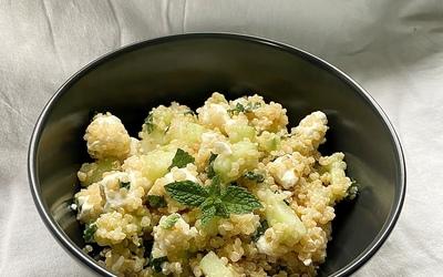 Salade de quinoa, concombre et fêta