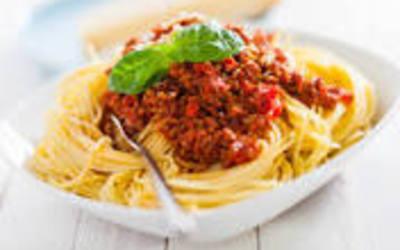"""spaghetti """"al la Bolognese"""" ( recette express)"""