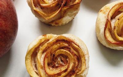 Roses feuilletées à la pomme