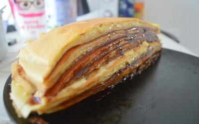 Gâteau de crêpes crème pâtissière légère & Nutella
