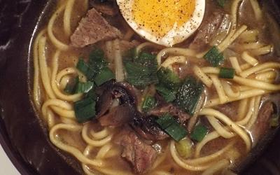 Soupe de bœuf thaï