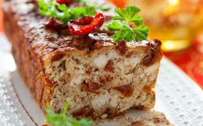 Cake salé poulet rôti/tomates séchées